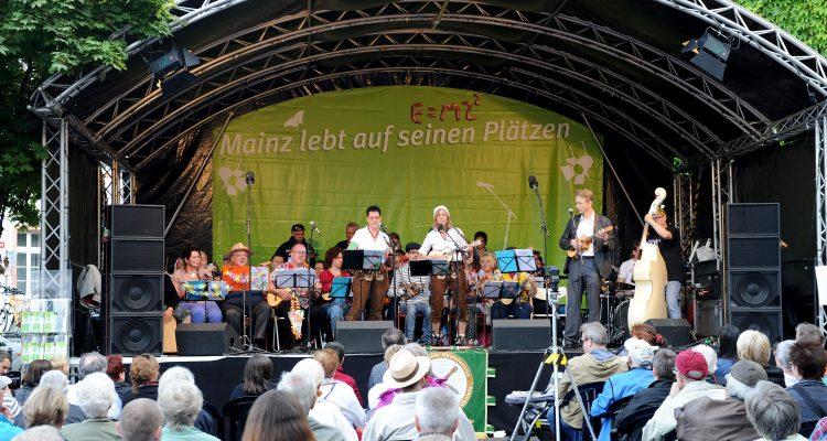 Mainz lebt auf seinen Plätzen