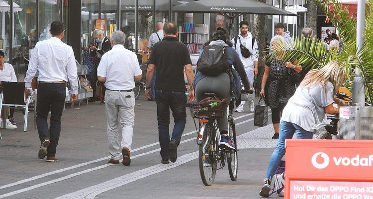 Stadtrat Fußgänger