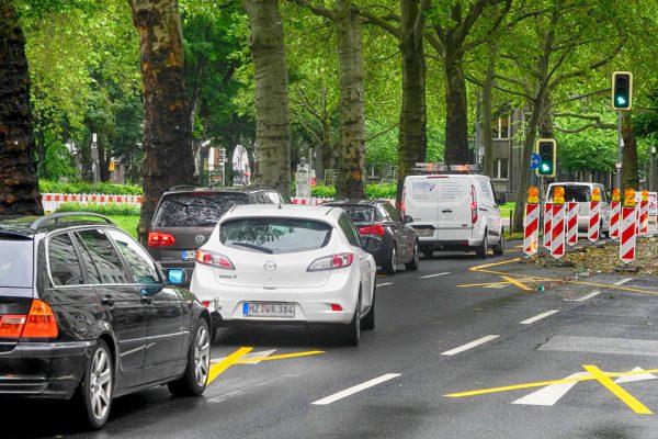 2106 Verkehrsstaus Baustelle Kaiserstraße